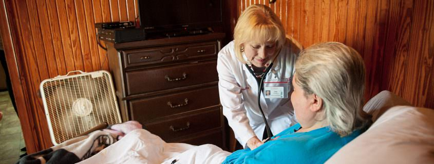 160325_zr_012_lisa_brashier_with_patient